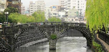 夜景日本一の街 花と光の王国「ハウステンボス」&世界三大夜景の街!「長崎」