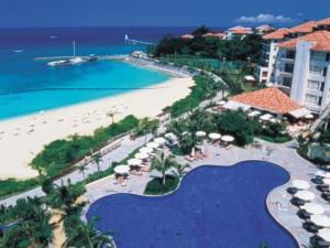 家族全員で最高の沖縄旅行を!ホテル選びのポイントは?