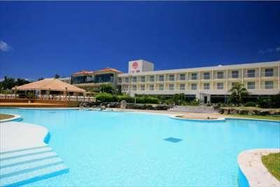 《目の前は海!大浴場を備えたリゾート》石垣島ビーチホテルサンシャイン