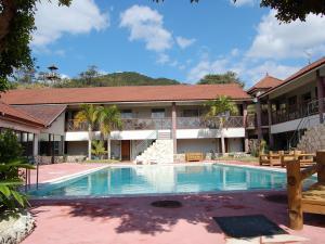 目の前はビーチ・プール、大浴場と充実のリゾートホテル ばしゃ山村