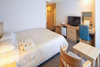 《島の空気と利便性が調和したビジネスホテル》ホテルライジングサン宮古島