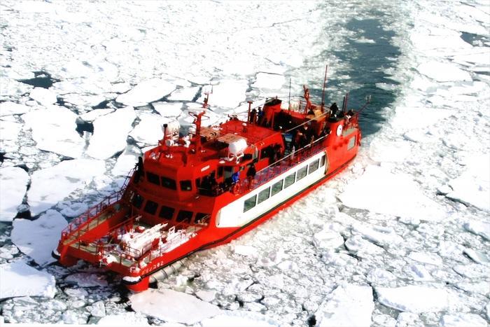 冬の感動体験!流氷砕氷船乗船付ツアー!