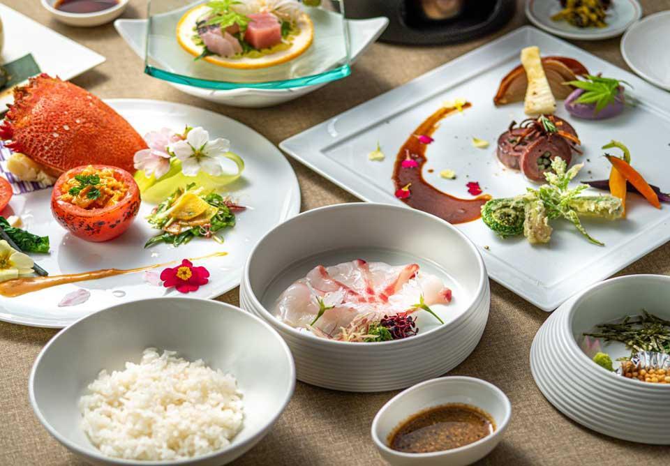 嬉しい朝・夕食付のおすすめ屋久島ツアー!