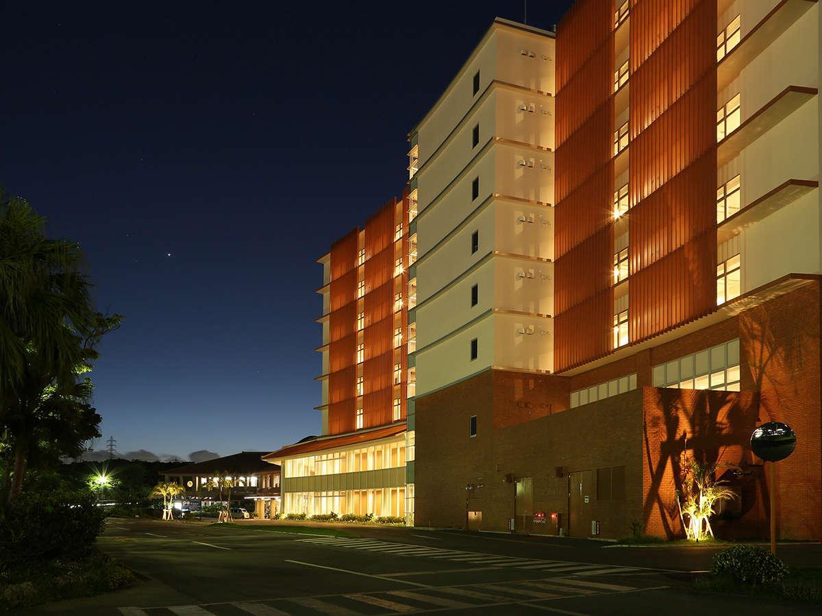 ユインチホテル南城