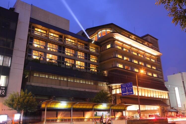 高知の老舗旅館 城西館